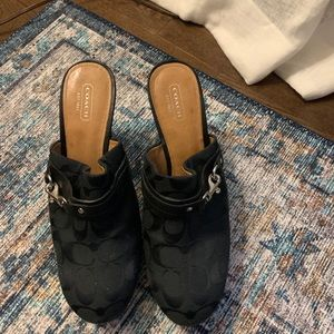 COACH clogs Size 10